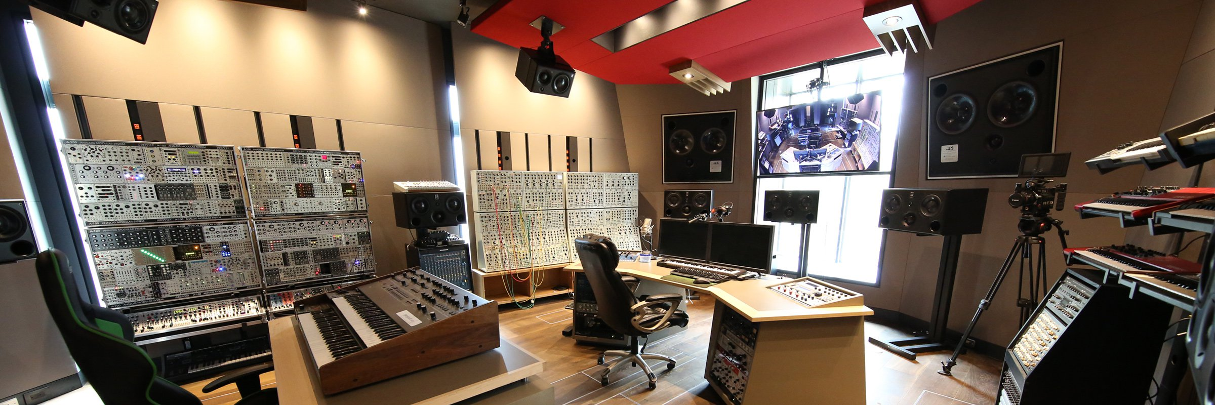 See Inside Deadmau5s Gorgeous New Home Studio Noiseporn Recording Wiring Deadmau5