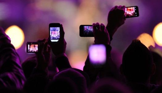 Apple's New Patent Can Prevent Phones from Recording at Shows