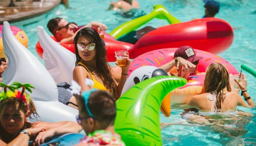 How to Properly Party at Splash House 2017
