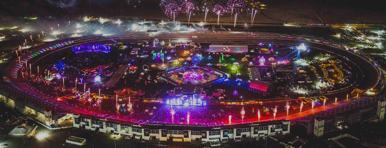 Fourth annual 39 half way to edc 39 las vegas 2016 tickets are for Pool show las vegas 2016
