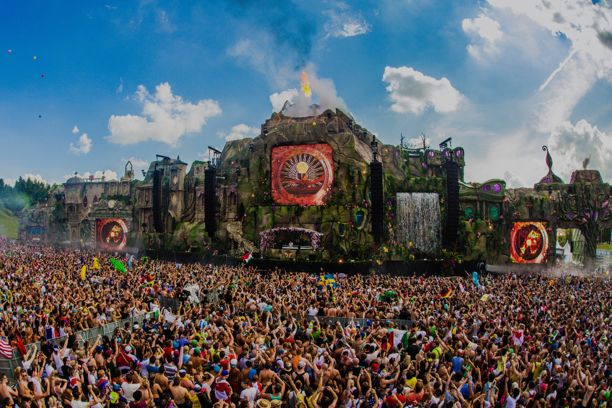 tomorrowland sells out