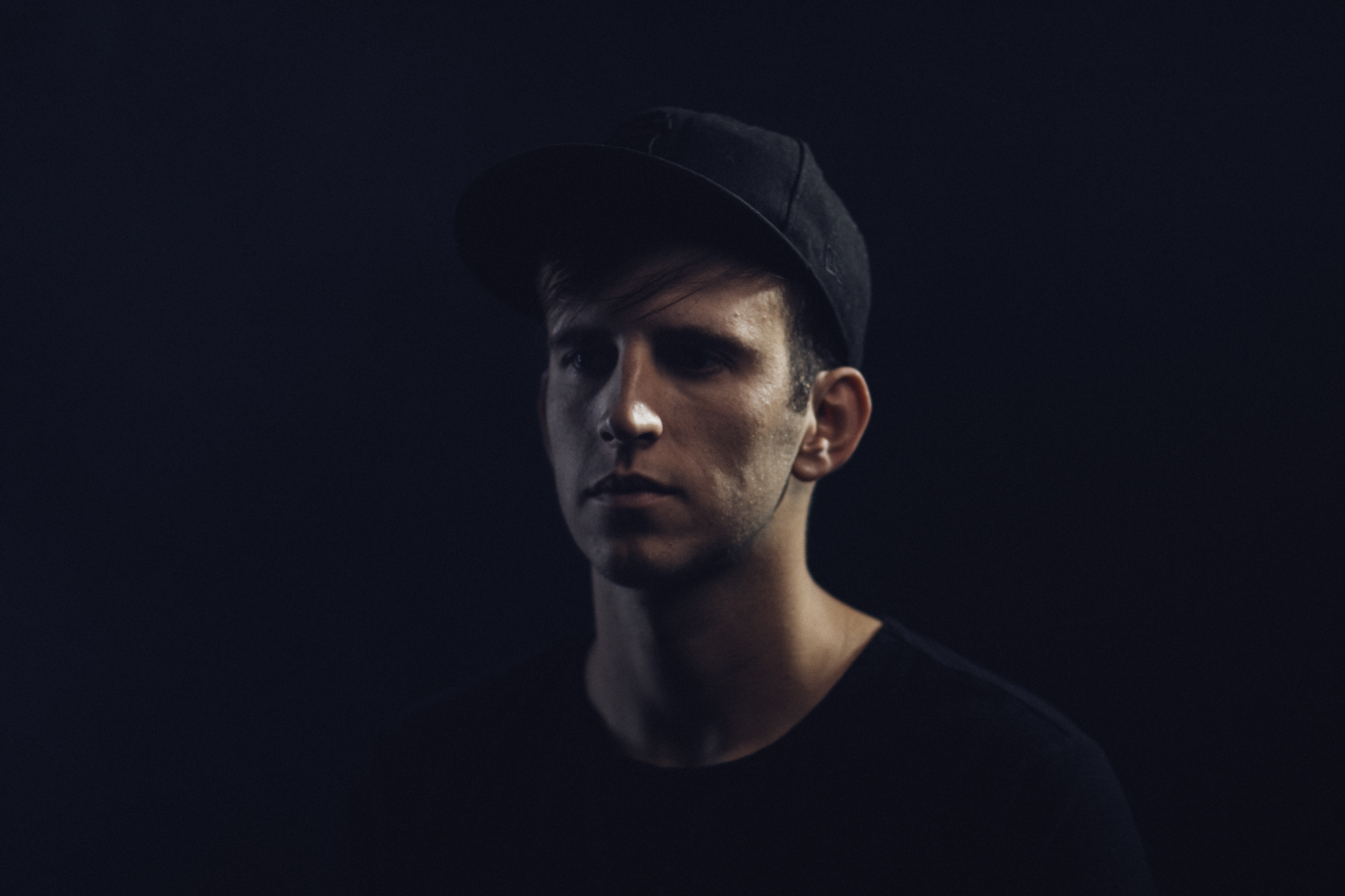 Illenium Press Photo 2