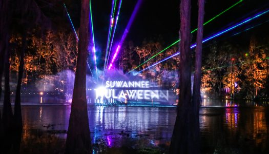 Walking Through Wonderland at Hulaween 2017 [Festival Review]